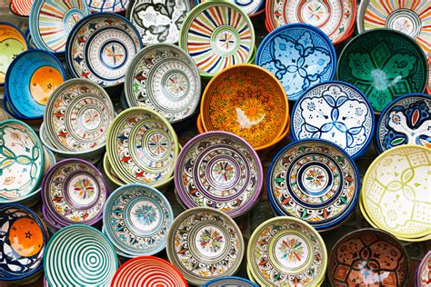 morocco s traditional crafts pottery and zellige tilework image gallery moroccan arts and crafts