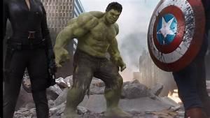 New Avengers 2 Poster Shows Bigger, Pissed Off Hulk ...