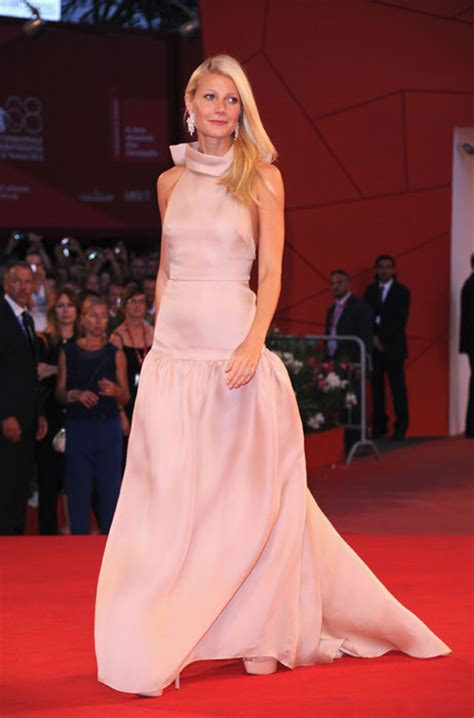 gwyneth paltrow pretty  pink prada  venice film