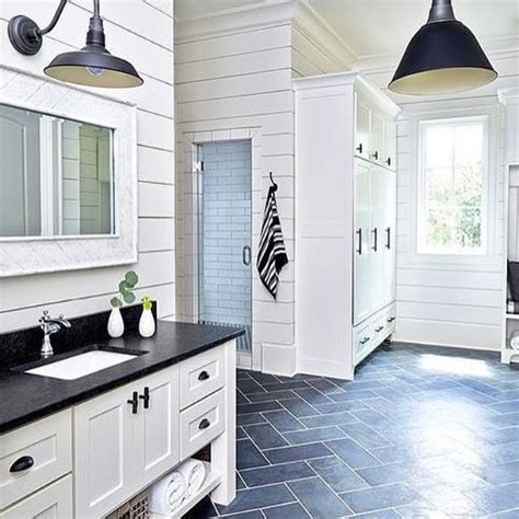 This House Bathroom Ideas by 25 Best Ideas About Pool House Bathroom On