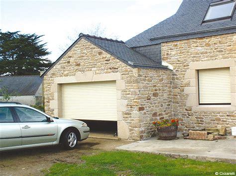 porte de garage enroulable ou sectionnelle aluminium avec moteur somfy