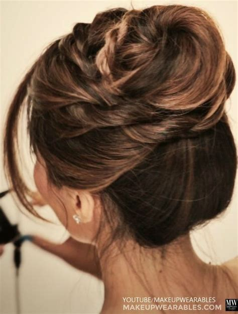 easy  stylish casual updos  long hair sexy