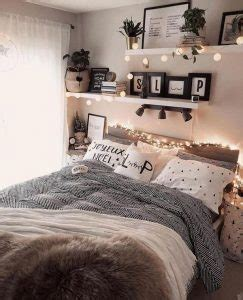 cute  girly teen girl bedroom  wall shelves