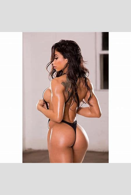 Hot fitness models are always a good motivation! (10 SEXY PHOTOS) | protothemanews.com