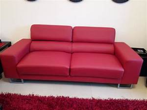 Sofa chairs upholstery in dubai fabric and leather for Sectional sofas dubai