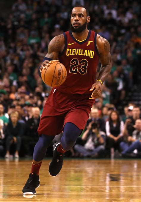The 10 Greatest Basketball Players of All Time | Britannica