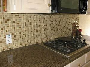 25 glass tile backsplash design pictures for kitchen 2018 With glass tile kitchen backsplash designs