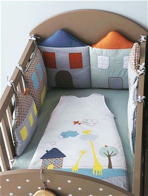 tour de lit brode tour de lit modulable b 233 b 233 brod 233 maisons bleu vertbaudet enfant nuevas ideas bebes