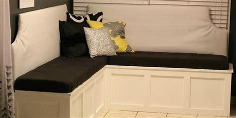 remodelaholic build  custom corner banquette bench