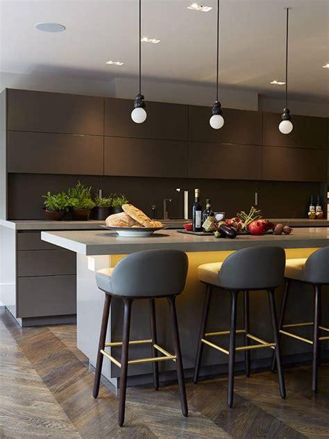 apartamento luxuoso em cores neutras