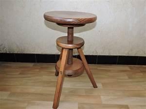 Tabouret A Vis : gueridon table bois meuble clasf ~ Teatrodelosmanantiales.com Idées de Décoration