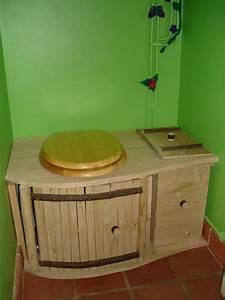 Seau Toilette Seche : les 43 meilleures images propos de toilettes s ches sur ~ Premium-room.com Idées de Décoration