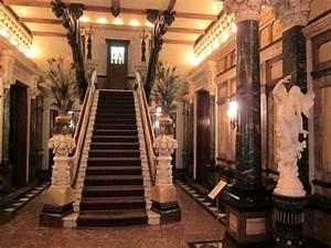 Gilded Age Decorative Arts: Chicago's Driehaus Museum