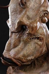 MEN IN BLACK II (2002) - Brown Alien Mask - Price Estimate ...