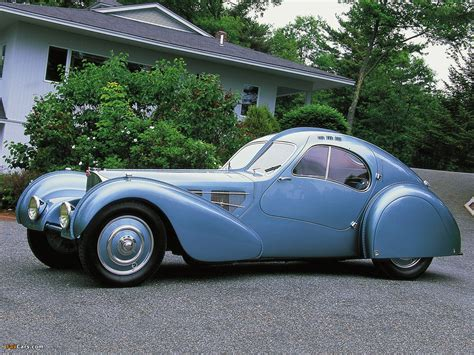 The bugatti type 57 and later variants (including the famous atlantic and atalante) was an entirely new design created by jean bugatti, son of founder ettore. Photos of Bugatti Type 57SC Atlantic Coupe 1936-38 (1280x960)