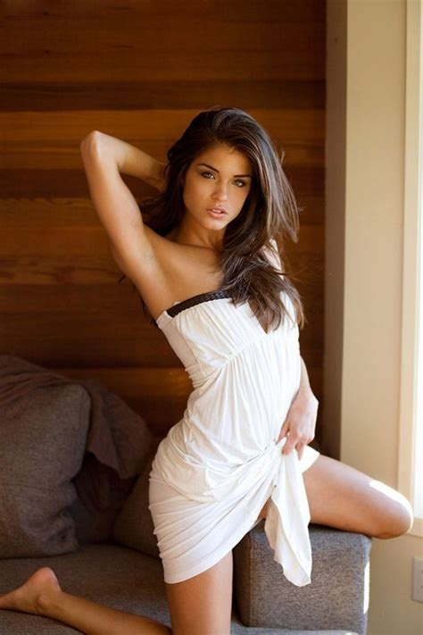 marie avgeropoulos sexy and fappening 34 photos the fappening