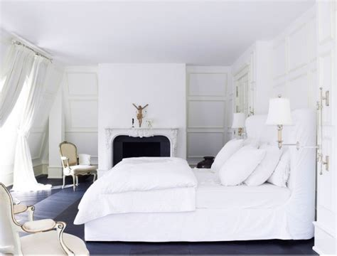 The Best White Designs For Charming Master Bedrooms