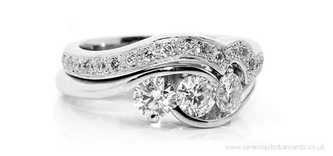 choosing the perfectly unique diamond set wedding ring