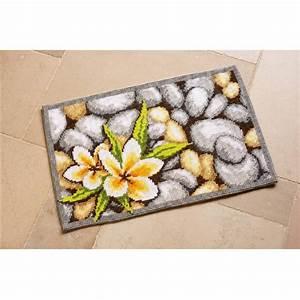 Canevas Pour Tapis : kit tapis point de croix zen de vervaco pn 0143710 chez univers broderie ~ Farleysfitness.com Idées de Décoration