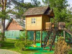 Playhouse For Plans Photo Gallery by 8 Free Plans For Playhouses