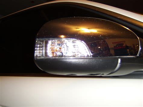 improve approach side mirror light  led