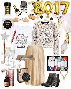 Silvester Outfit 2017 : die besten 25 silvester outfit ideen auf pinterest silvesterparty accessoires schuhe ~ Frokenaadalensverden.com Haus und Dekorationen