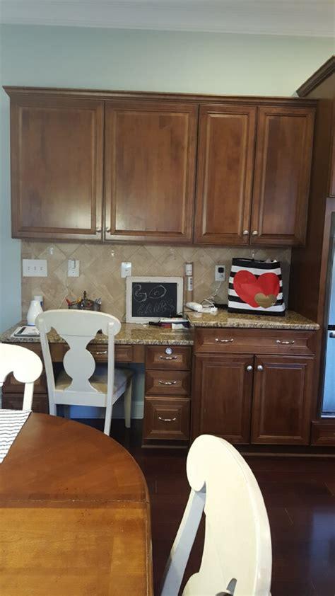 extra white hale navy kitchen  cabinet girls