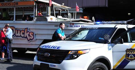 Duck Boat Tour Death by Duck Boat Tour Bus Kills Philadelphia Pedestrian Ny