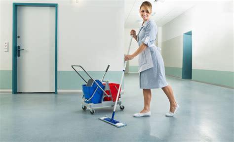 igiene ambientale dispense servizi di pulizia e igiene ambientale