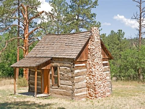 small cabins for in log cabin tiny house inside a small log cabins tinny