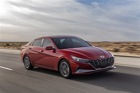 The New 2021 Hyundai Elantra... Before the End of the Year ...