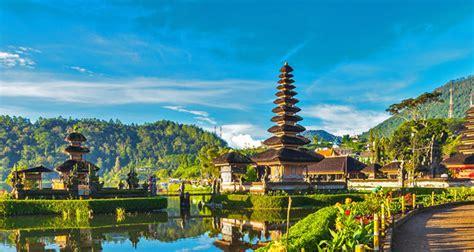5 Tempat Wisata Indonesia yang Jadi Destinasi Favorit