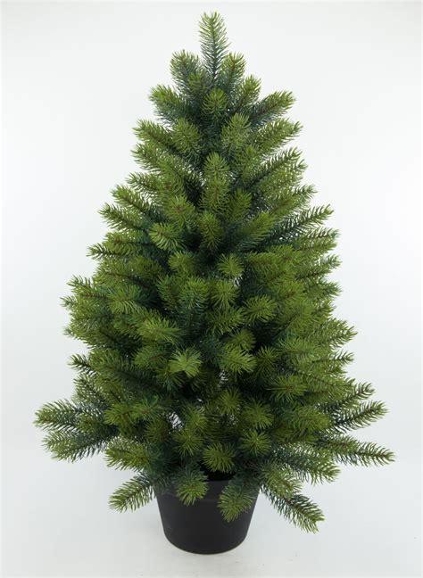weihnachtsbaum kunststoff genial tannenbaum mit zapfen