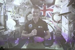 Class Goes Cosmic with Live Link to Space!