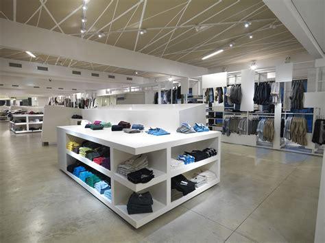 negozio di arredamento arredamento per negozio di abbigliamento olbia alghero
