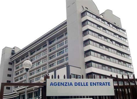 agenzia entrate uffici equitalia addio dal 1 luglio nuovi uffici dell agenzia