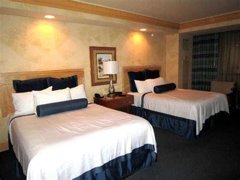 chambre d hotel las vegas chambre lits jumeaux photo de luxor las vegas las vegas