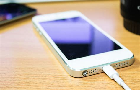 in a here s how to charge your iphone or android battery as quickly as possible bgr