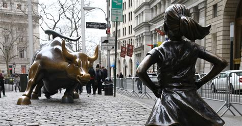 charging bull artist calls  removal  fearless girl