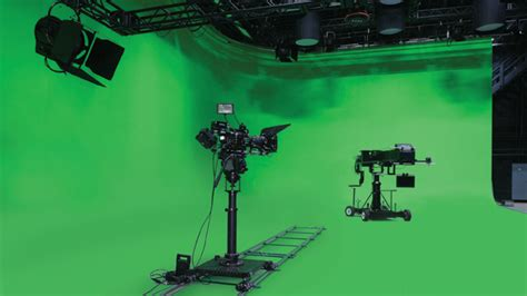 universal opens virtual stage hollywood reporter