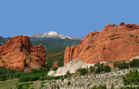 garden of the gods a cozy mountain reunion in colorado springs