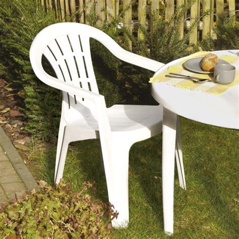 chaise en plastique de jardin chaise jardin plastique photo 7 20 chaise de jardin en