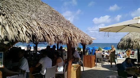Tiki Hut Fort - one of the only tiki bars in ft lauderdale right on the