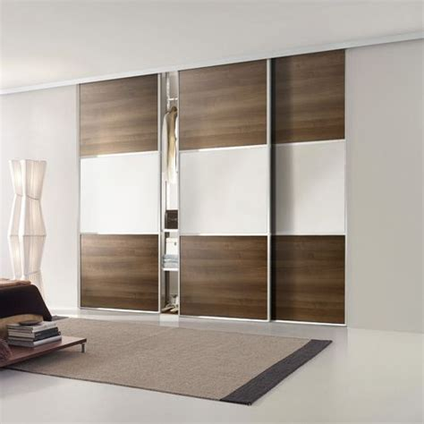 5 Ft Wide Wardrobes by 17 Best Images About Wardrobe With Sliding Doors On