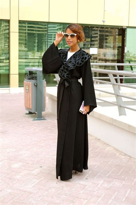 Valentino shades paired with a Bedazzled abaya | outfit inspo | Pinterest