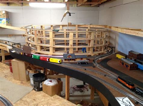 train table plans lionel  woodworking