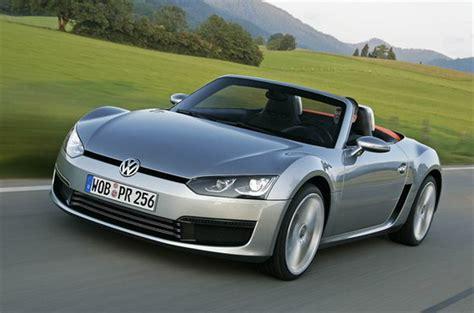 casa volkswagen golf elettrica e nuova roadster il futuro brilla in casa