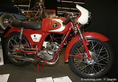 siege bmw la moto de johnny hallyday à rétromobile