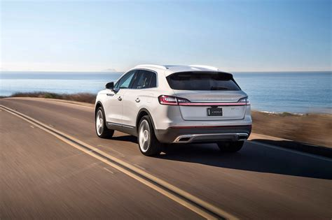 2019 Lincoln Nautilus First Look Mkx Replacement Gets New