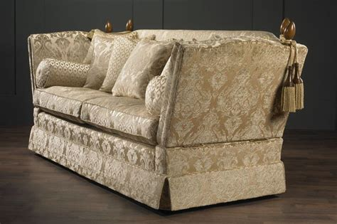 Knole Settee For Sale by 17 Best Images About Knole Sofas On Auction